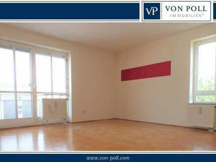 Helle, klug geschnittene 3-Zimmerwohnung mit Balkon und TG-Platz in Nördlingen