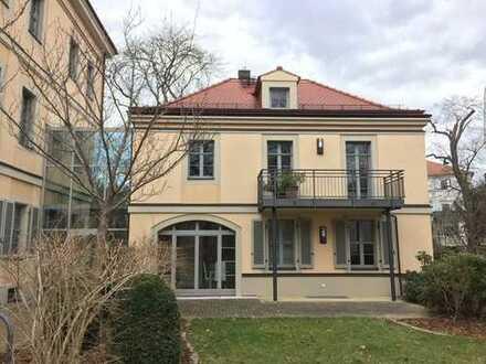 * sonnige Terrassenwohnung mit Hobbyraum im Regierungsviertel *
