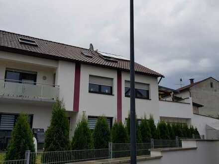 Schöne, geräumige drei Zimmer Wohnung in Bad Dürkheim (Kreis), Quirnheim