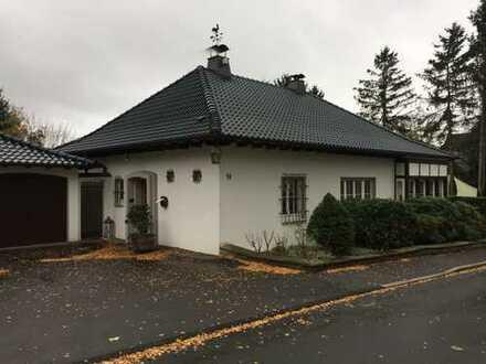 Hochwertiges, großzügiges Einfamilienhaus mit großem Ausbaupotential im Speicher