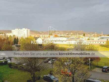 COSWIG/ Sa. ruhige + zentrale Wohnlage: Geräumige 4-Raum-ETW mit Südbalkon & 2 Pkw-Stellplätzen.
