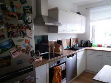 Modernisierte 3-Zimmer-Wohnung mit Balkon und EBK in Frechen- Habbbelrath