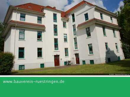 Attraktive Zwei-Zimmer-Wohnung mit gründerzeitlichem Flair in der Gartenstadt Siebethsburg