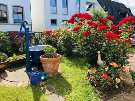 Exquisites Ein-/Zweifamilienhaus auf Rügen mit Ferienwohnungen in Toplage! *provisionsfrei*