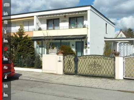 Gepflegte Doppelhaushälfte mit großer Einzelgarage und lebenslangem Wohnrecht für den Verkäufer