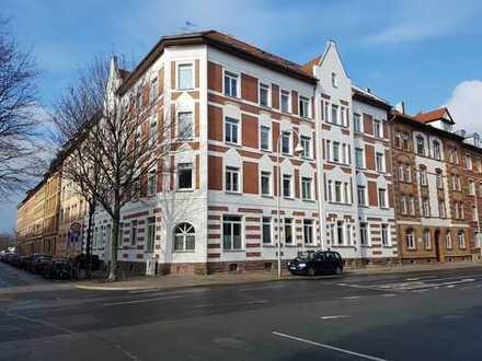 große, lichtdurchflutete Wohnung mit Einbauküche in Erfurt Daberstedt
