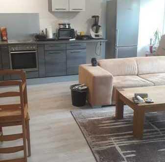 Neuwertige 3,5-Zimmer-Wohnung in Karlsdorf-Neuthard