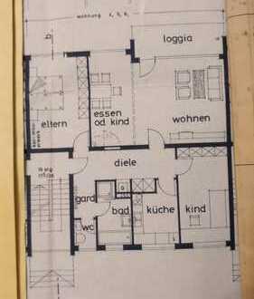 Ruhige 4 Zimmer Wohnung in gepflegtem Mehrfamilienhaus