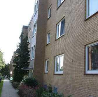 Gepflegte 3 Zimmer-Wohnung mit großem Balkon