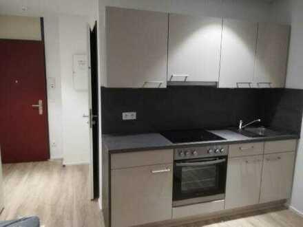 Neuwertige möbilierte 1-Zimmer-EG-Wohnung in Augsburg