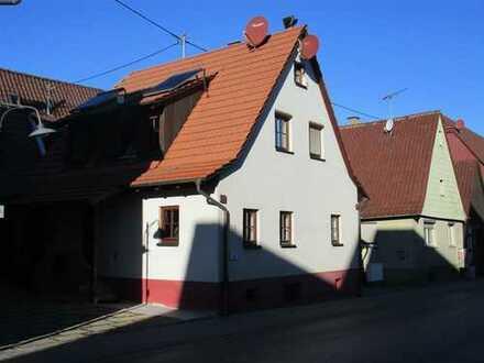 Wiernsheim- Hier wartet ein kuscheliges, gemütliches Zuhause auf Sie !!