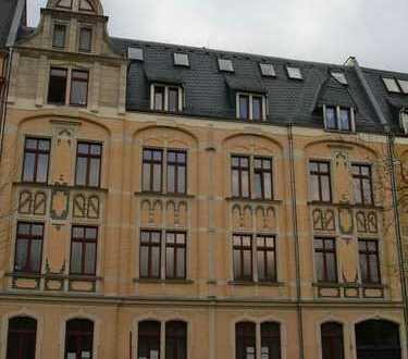 4-Zi.-Maisonette-Wohnung in zentraler Lage mit Westbalkon, offener Küche und PKW-Stellplatz