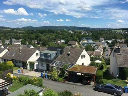 Ansprechende 2-Zimmer-DG-Wohnung in Neuwied Segendorf mit herrlichem Fernblick