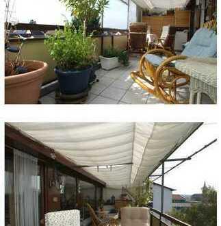 Schöne vier Zimmer Maisonette- Dachgeschoss Wohnung in Blankenloch
