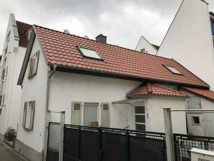 Kernsaniertes Haus in zentraler Lage von Friedberg (Hessen)