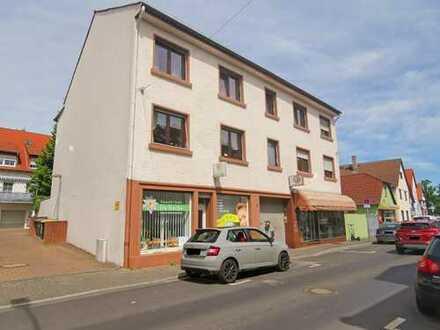 Wohn- und Geschäftshaus in Bestlage von Praunheim