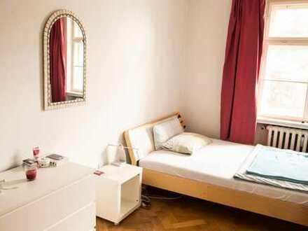 möbliertes 15 qm Zimmer in bester Münchner Lage zur Untermiete zu vergeben