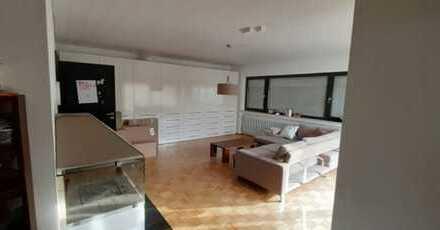 Schönes, geräumiges Haus mit fünf Zimmern in Limburg an der Lahn
