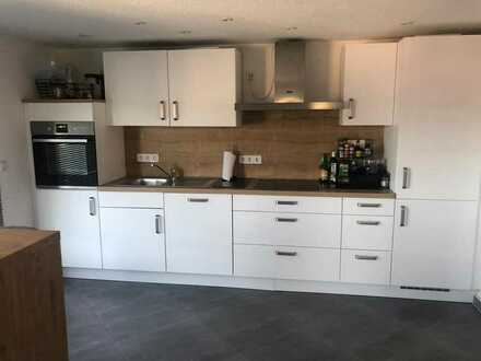 von Privat 3-Zimmer-Wohnung mit Balkon und EBK in Oberkochen