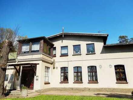 Dr. Lehner Immobilien NB -  Gut gehende Traditionsgaststätte mit Kegelbahn und Betreiberwohnung