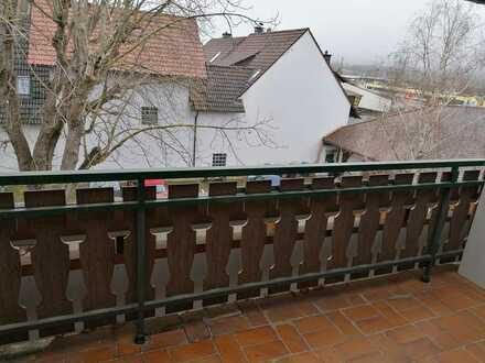 Helles möbiliertes Zimmer (16 m²) mit Balkon und eigenem Bad in Gottenheim