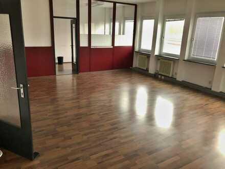 Teilbare Büroflächen | Fürth | 1. OG mit Lift