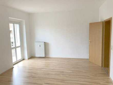 Komfortable 2-Raum-Wohnung mit Balkon in Berga