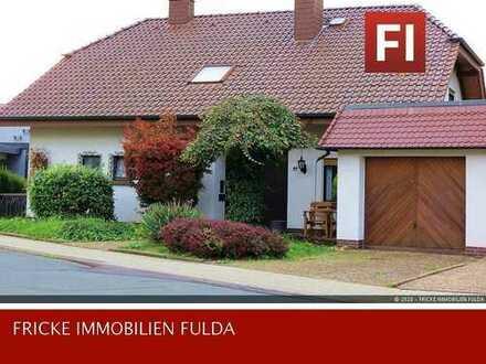 Bevorzugte Lage Hünfeld! Modernisiertes Haus mit Einliegerwhg.