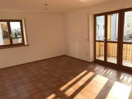 Sehr helle 4-Raum-Wohnung in Gersthofen, sehr zentral und ruhig