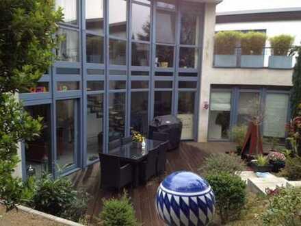 Schönes, geräumiges Haus mit drei Zimmern in Mülheim an der Ruhr, Saarn