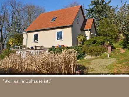 Helles Einfamilienhaus mit großem Grundstück in Radebeul