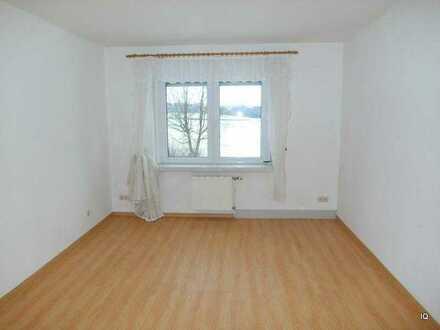 GERINGSWALDE: Freundliche, kleine 3-Zimmer-Wohnung * Bad mit Dusche