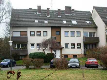 Schöne, gepflegte 3-Zimmer-Dachgeschosswohnung in Bergisch Gladbach