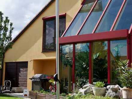 Einzigartiges Einfamilienhaus in ruhigem Gersthofer Wohngebiet