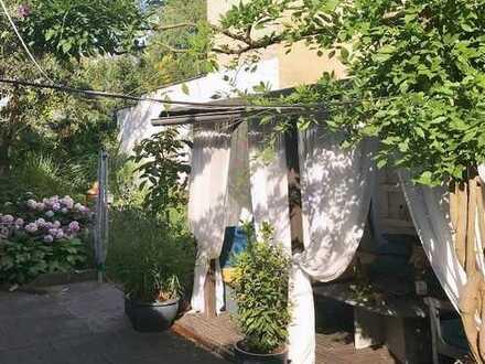 Vermietetes Zweifamilienhaus mit Werkstatt und Büro/Wohnappartement