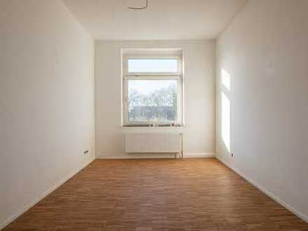 DO City Nord/Hafen, 2 grosse Zimmer, Küche, Diele, Bad, 60 m2, kernsaniert, Parkett, ab sofort