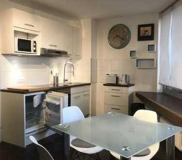 Zur Angebotsübersicht Voll-Möbliertes Apartment mit atemberaubender Aussicht   Parken + Aufzug