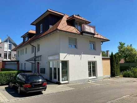 Neuwertiges Büro oder Praxis mit Terrasse in Oberreitnau