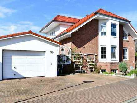4-Zimmer-Souterrain Wohnung mit Wintergarten