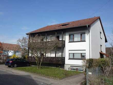 Walldorf - Helle DG-Wohnung in kleiner Einheit - mit Garage