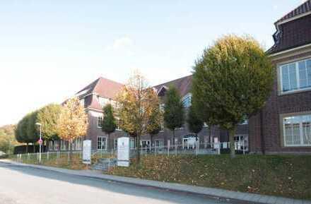 Helle Bürofläche mit 130 bis 150 m² im Classical Service Center