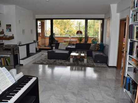 Luxus 5-Zimmer-Penthouse-Wohnung mit Balkon in Brühl 155 m²