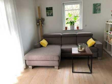 Schöne 2-Zimmer-Wohnung mit Balkon und EBK in Schönbuschnähe