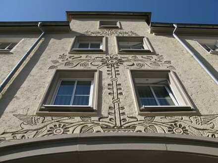 3-Zimmer-Wohnung mit Balkon in Hochparterre - Bad mit Fenster/Wanne/Dusche!
