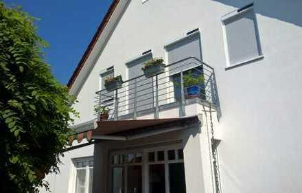 Schönes, geräumiges Haus mit sechs Zimmern in Hannover (Kreis), Garbsen