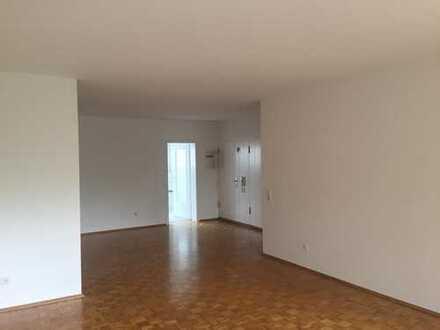 Sonnige 4-Zimmer-Wohnung mit großem Süd-Balkon in Haan