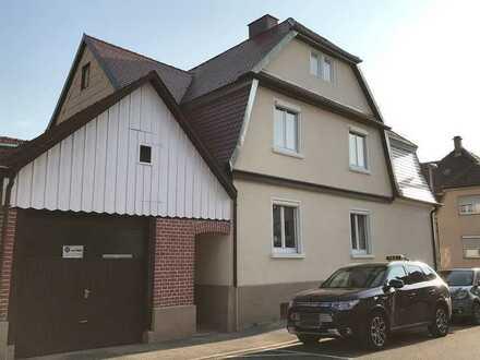 Renovierungsbedürftiges Zweifamilienhaus mit Potenzial!