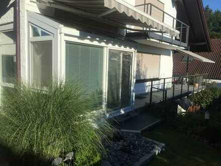 Erstbezug nach Sanierung: Schöne 4-Zimmer-EG-Wohnung mit Einbauküche und Terrasse in Mietingen