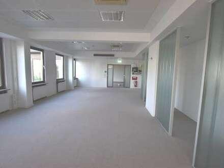 Moderne & flexible Büroflächen mit sehr guter Anbindung