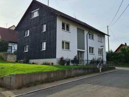Modernisierte 2,5 Zi. DG-Wohnung inkl. EBK in VS-Obereschach